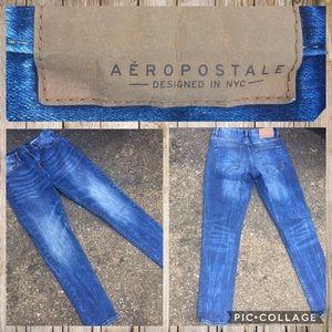 🌠 Nice Aeropostale Jeans EUC acid washed denim 💞